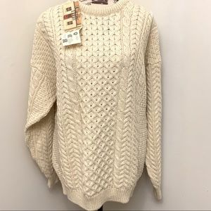 Carraig Donn 100% Wool chunky cage knit sweater